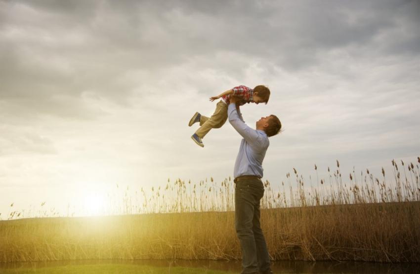 otac-i-sin-1428229921-56506